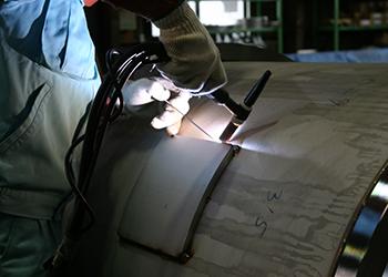 製缶・特殊形状板金工作の画像